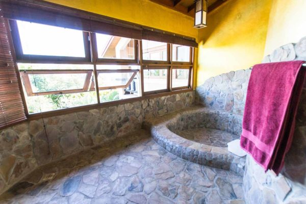 bathroom-coconut-training-paradise-phuket