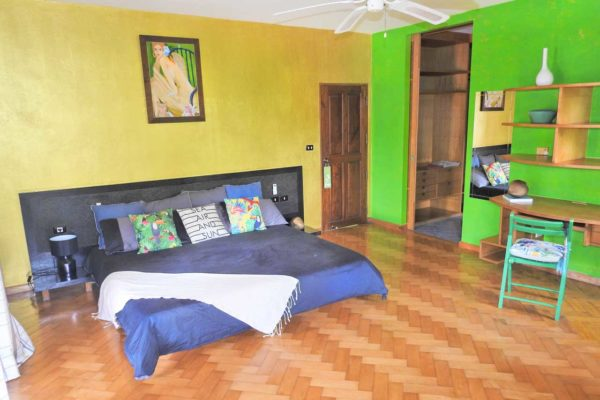 training-paradise-pineaple-bedroom