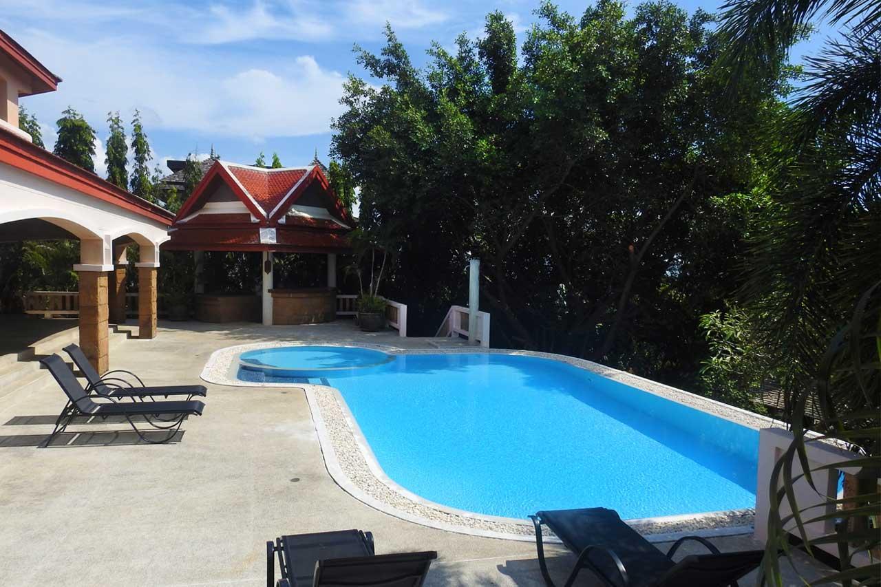 training-paradise-swimming-pool